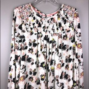 🌵 Xhiliration floral long sleeve top Size L